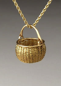 Miniature Swing Handle Basket in 22 & 18k gold - hand woven jewelry from Maine in gold and silver by Stephen Zeh